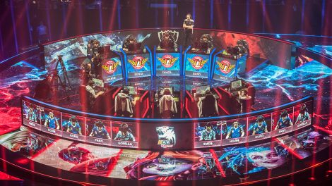 "WM-Finale von ""League of Legends"" am 31.10.15 in Berlin (Bild: Paul Zinken/dpa)"